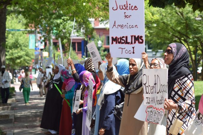 TheMuslimsofAmericacommunitymembersconvergedinChattanooga,TennesseeforthetrialofRobertDoggart,whothreatened violence against them. The landmark proceedings ended with a guilty verdict on all counts, a long-awaited victory for all American Muslims.