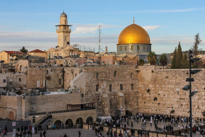 Evangelical Zionism is a campaign that is especially popular amongst Evangelicals in the United States, who believe that the migration of Jews to Palestine is linked to the return of Jesus Christ and the coming apocalypse.